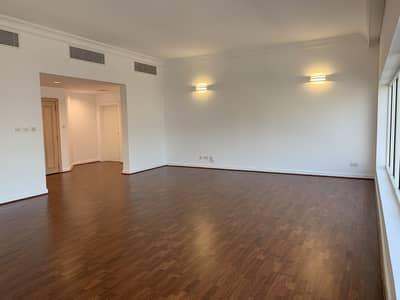 3 Bedroom Apartment for Rent in Bur Dubai, Dubai - Luxury Living / Spacious 3 Bedroom Un-Furnsihed Apartment