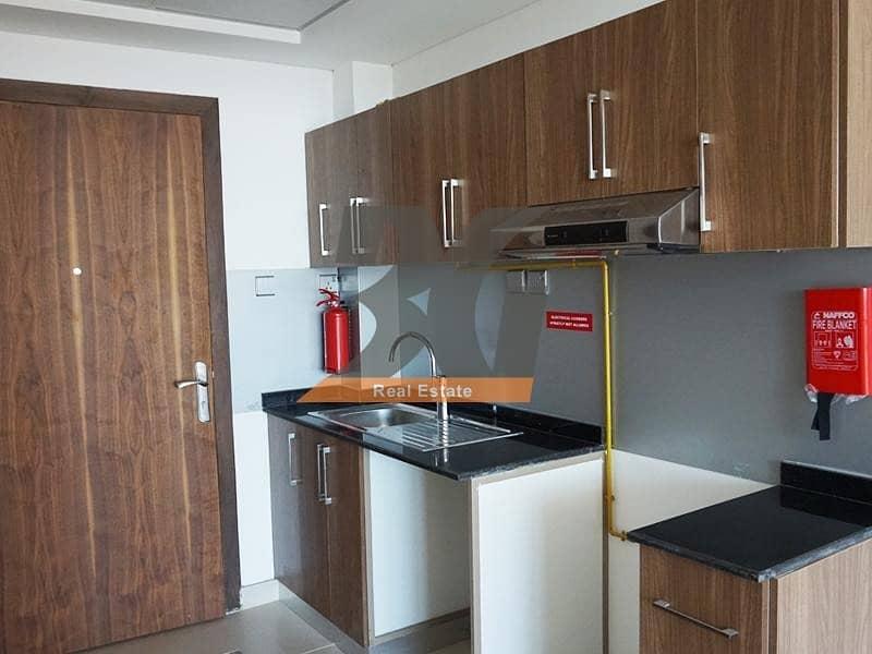 2 No Commission Studio For Rent in Binghatti Horizons Building in Dubai Silicon Oasis