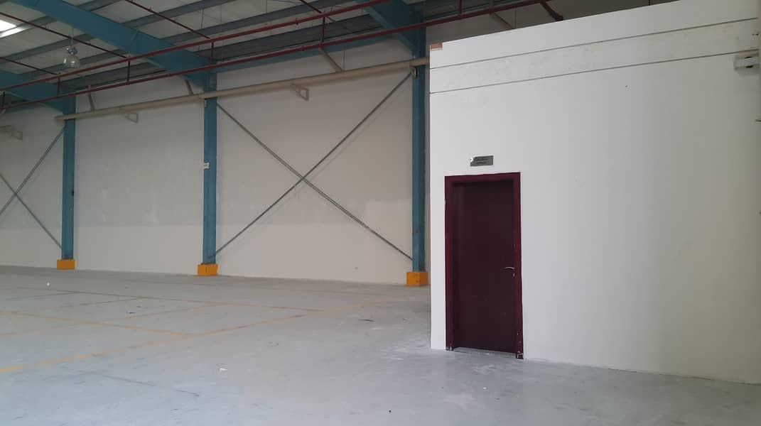 مستودع في مدينة الإمارات الصناعية 577500 درهم - 4548082