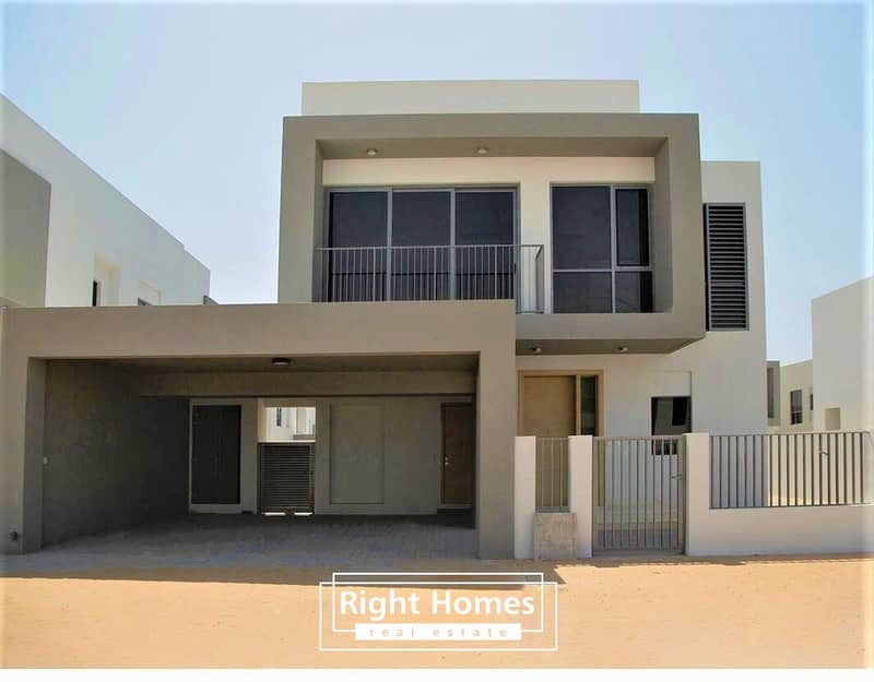 Spacious 3BR+M Villa With Bigger Plot Size Of 5
