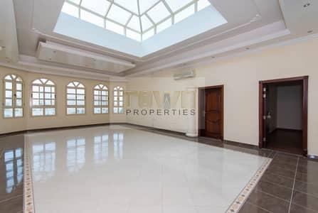 Spacious & Clean 6 Bedroom Private Villa