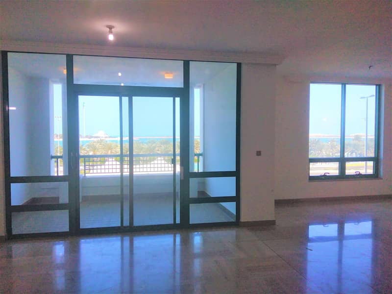 2 Sea View 4 BR in Hana Tower Al Khalidiyah
