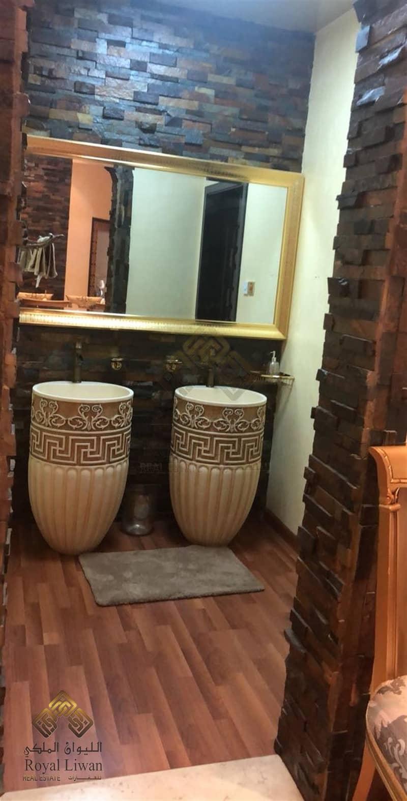 8 6 BEDROOM SUPER DELUXE VILLA FOR SALE IN AL BARSHA 2