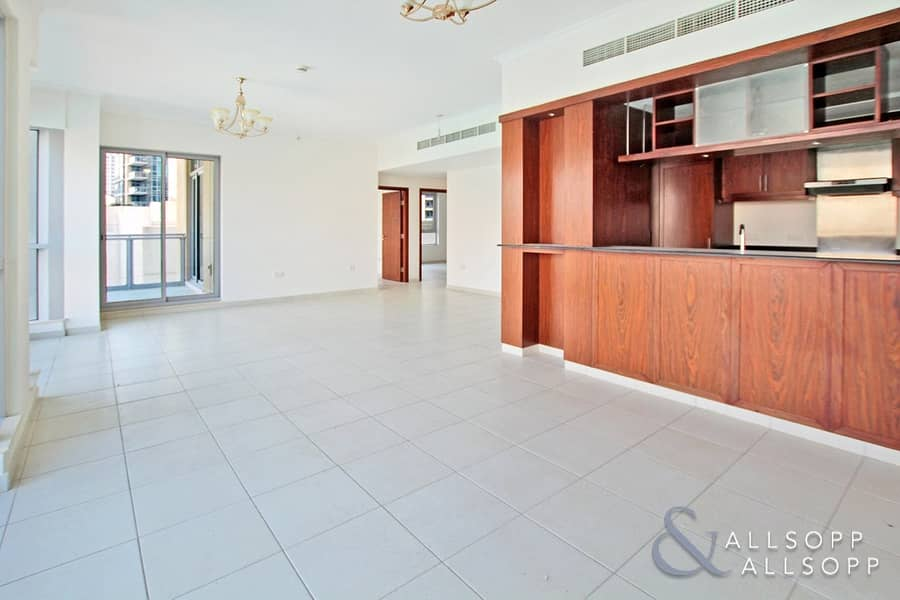 2 The Residences 6 | Vacant | Two Bedroom