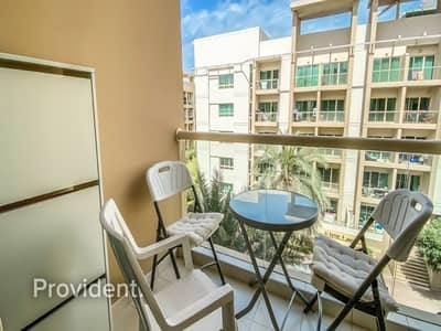 Studio for Rent in The Greens, Dubai - Keys in Hand | Fully Furnished | Largest Layout