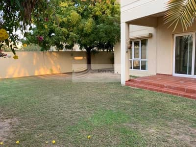 3 Bedroom Villa for Rent in The Meadows, Dubai - Vacant 3BR Villa