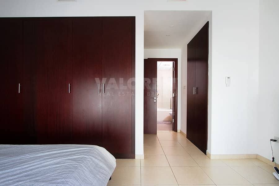 2 Furnished 1BR Bright and Spacious with Marina View