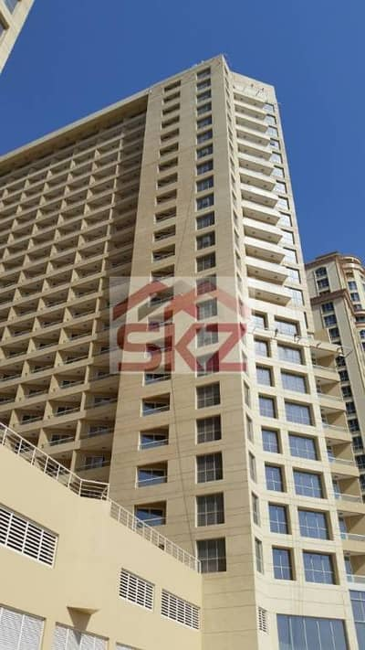 """High Floor Lake Side """"A""""   1BR Apartment   IMPZ"""