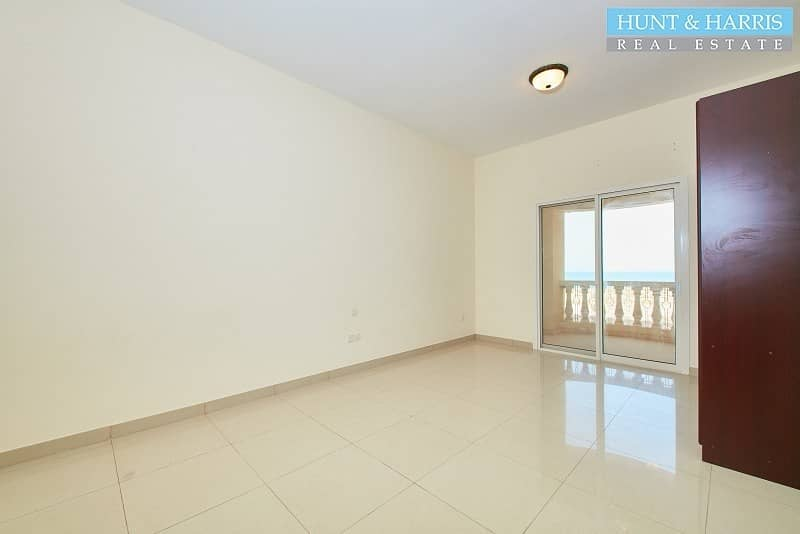 1 Amazing Sea View - Ground Floor - Vacant on Transfer
