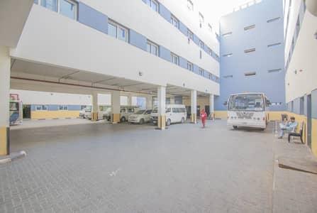 سكن عمال  للايجار في القوز، دبي - Great Location / 10 Rooms/ 8 person/ 3000 per room