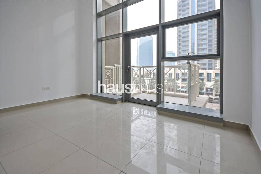 Studio   Available Now   Boulevard View