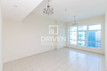 2 Bedroom Apartment for Rent in Barsha Heights (Tecom), Dubai - High Floor | 2 Bed Apt with Chiller Free