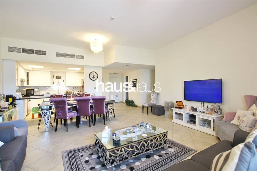 Excellent condition | Upgraded | 3 beds