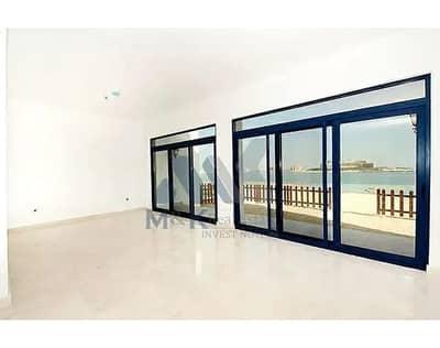 5 Bedroom Villa for Rent in Palm Jumeirah, Dubai - Chiller Free | Direct Beach Access | Sea Views