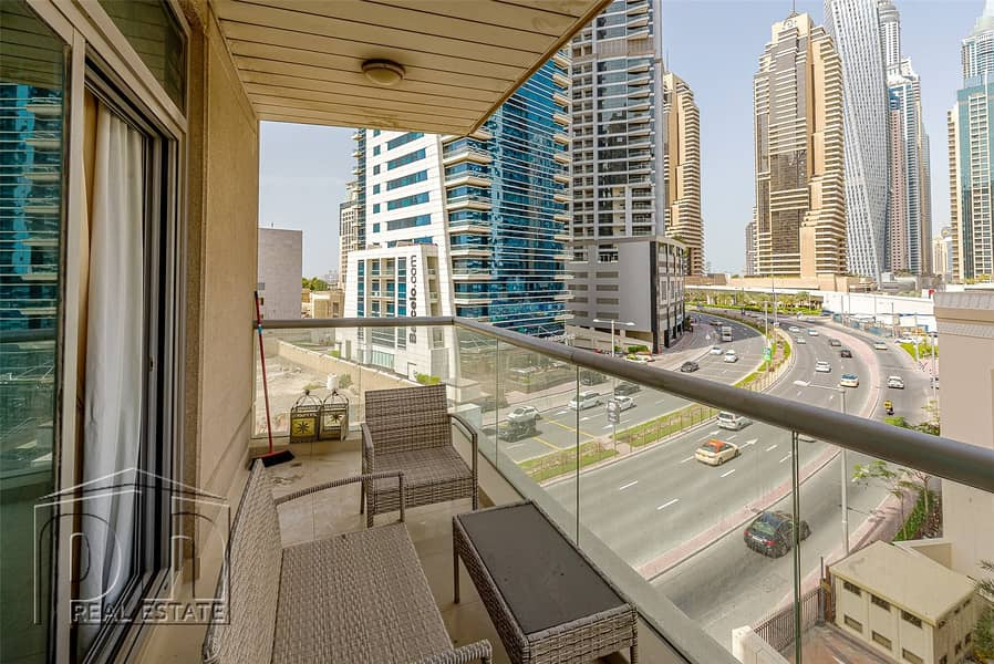 2 Spacious 1 Bed - Marina View - Chiller Free