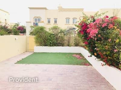 فیلا 2 غرفة نوم للبيع في الينابيع، دبي - Opposite to Lake | Type 4M | Ready to move in