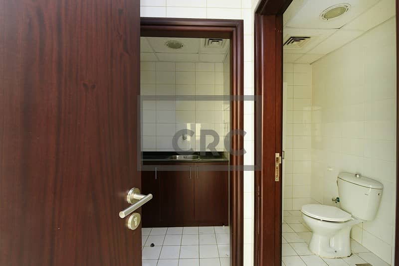 10 Fitted office for rent in Palladium Tower