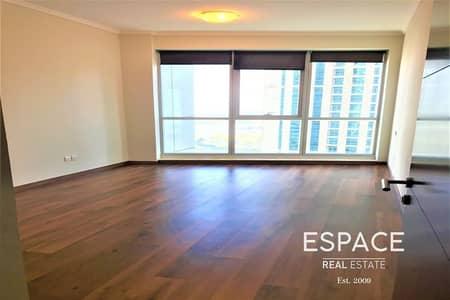 شقة 1 غرفة نوم للايجار في دبي مارينا، دبي - Semi furnished | Near Tram | Chiller Free