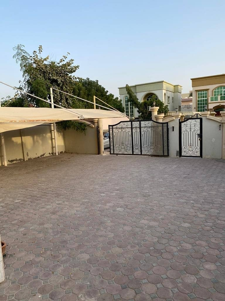 Villa for rent two floors, a privileged location close to the services and Sheikh Mohammed bin Zayed Street in Al Rawda