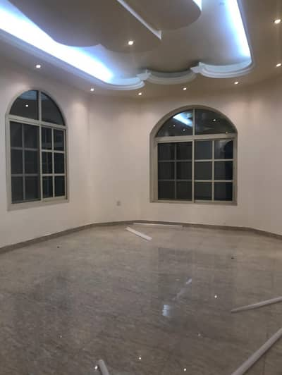 Villa for rent two floors, a privileged location close to the services and Sheikh Mohammed bin Zayed Street in Al Mwaihat 1, the first inhabitant