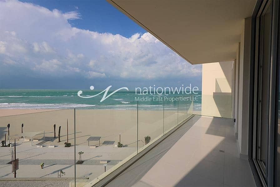 15 Ultra Modern 3 BR Apartment with Great Views