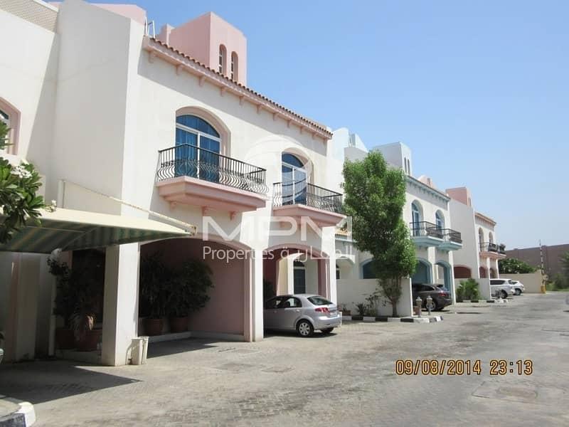 2 Spacious 3 Bedroom Villa in Mushrif area