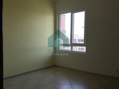 2 Bedroom Flat for Rent in Motor City, Dubai - Pool View | Well Maintained | High Floor| 70K
