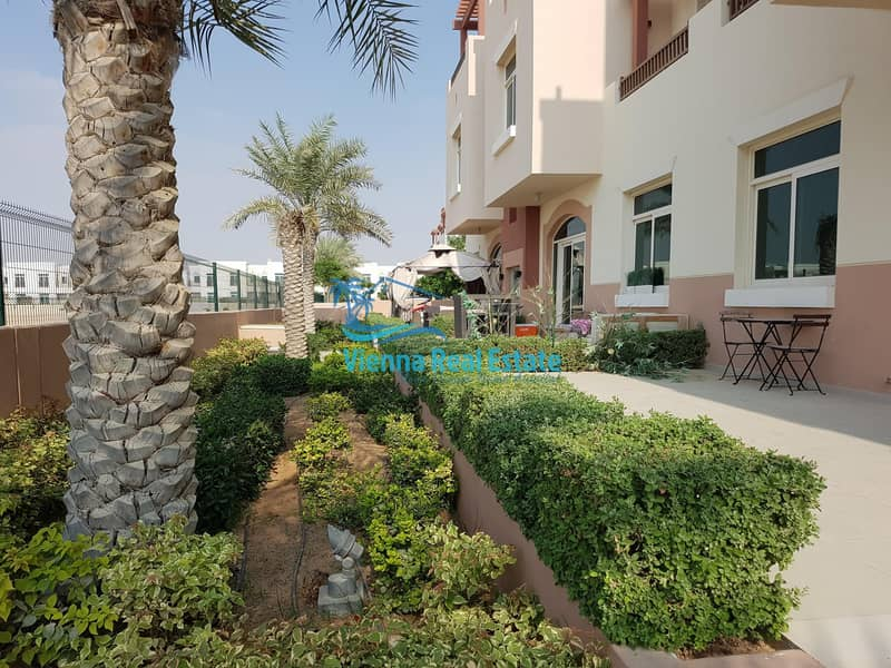 10 Own Amazing Pool View 1 Bedroom Apartment