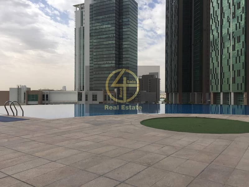 17 Luxuries 2 BR Apartment High floor with Balcony
