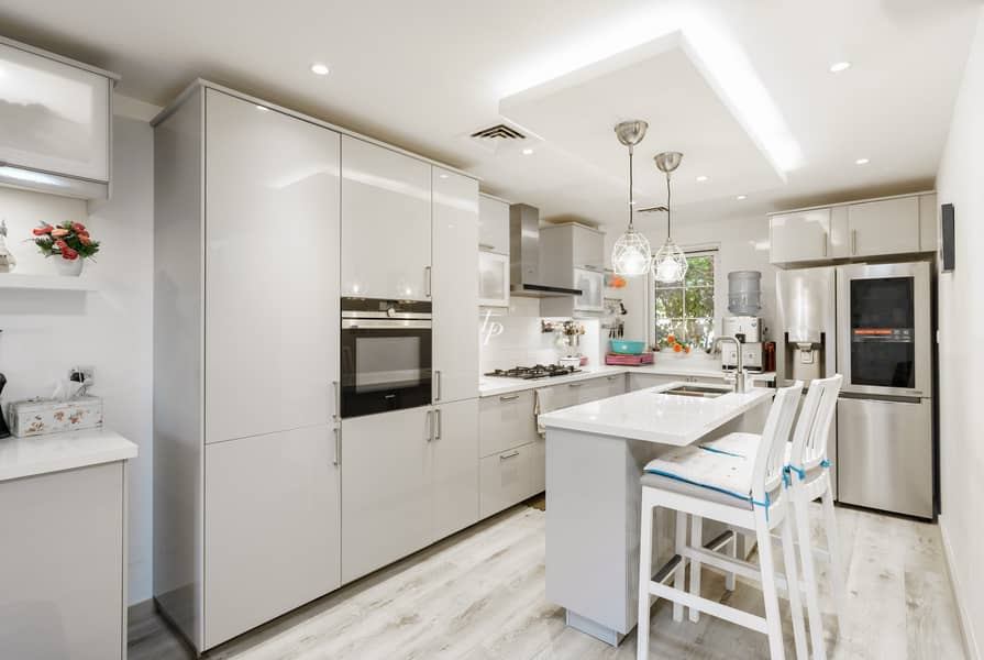 2 Exclusive|Fully Upgraded Family Home|Call us Now