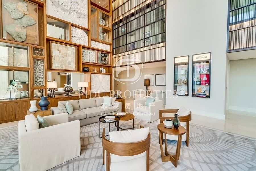 14 Brand New | Fully Furnished | Middle Floor