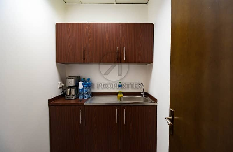 9 Fully Furnished Office| Full Lake View | Parking