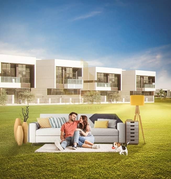 Villa in a vibrant community with a golf course | Dubais most prestigious master development