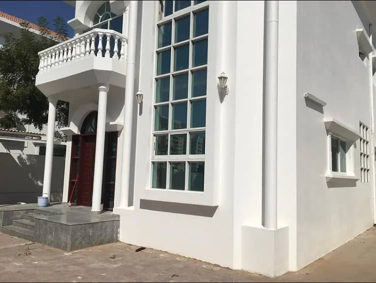 *** GREAT OFFER - Huge 5BHK Duplex Villa  with pretty garden available in Al Sharqan area with affordable rents ***