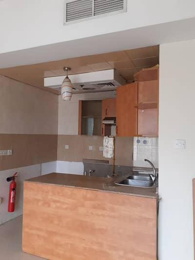 شقة 1 غرفة نوم للايجار في المدينة العالمية، دبي - شقة في منطقة مركز الأعمال المدينة العالمية 1 غرف 30000 درهم - 4552018