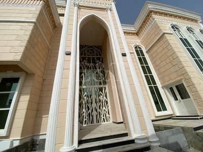 فیلا 8 غرف نوم للبيع في مدينة شخبوط (مدينة خليفة ب)، أبوظبي - **Brand New Villa I Beautiful Interior I Spacious*