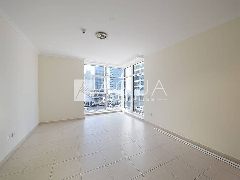 2 Unfurnished   Move in Ready   2 Bedrooms