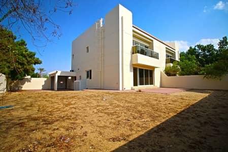 فیلا 3 غرف نوم للايجار في البدع، دبي - Corner Plot with Massive Garden | Multiple Cheqs | Free Month