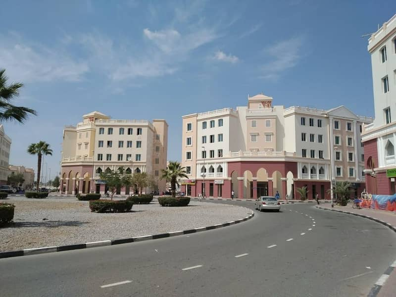 England Cluster rented one bedroom with out balcony round about building price 315000/- net