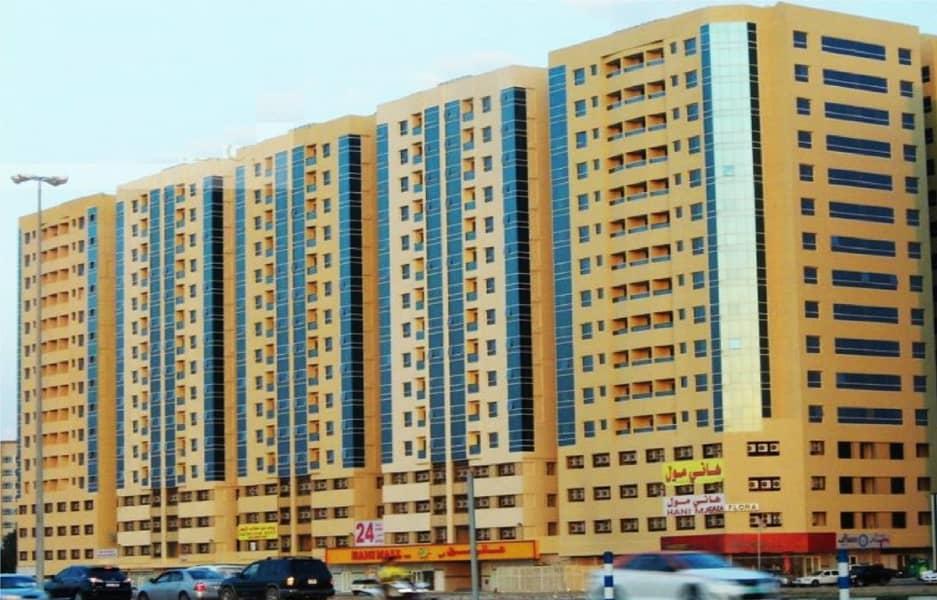 شقة في أبراج اللوز جاردن سيتي 1 غرف 15000 درهم - 4551860