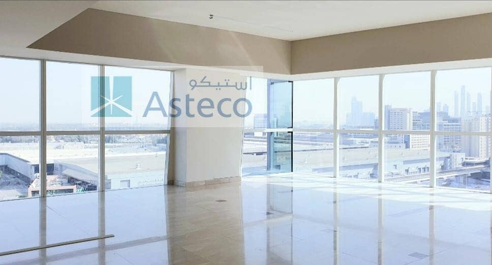 Great Offer 1 BR with full Sheikh Zayed Road view
