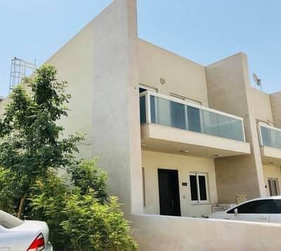 فیلا 3 غرف نوم للبيع في المدينة العالمية، دبي - فیلا في قرية ورسان المدينة العالمية 3 غرف 1350000 درهم - 4545623