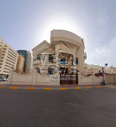 12 Bedroom Villa for Rent in Madinat Zayed, Abu Dhabi - GREAT LOCATION 12-BEDROOM VILLA