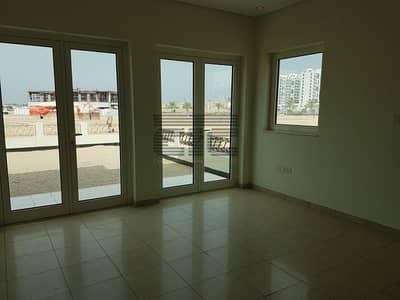 فیلا 3 غرف نوم للايجار في الفرجان، دبي - Type A Large Plot 6500 Available 3 bed Townhouse in Furjan