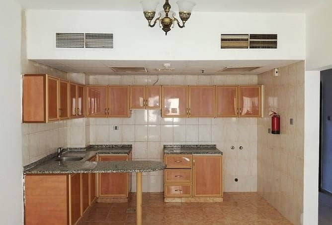 short time offer close to zulikha hospital 1 bhk with 2 washroom free parking with affordable rent 25000 AED