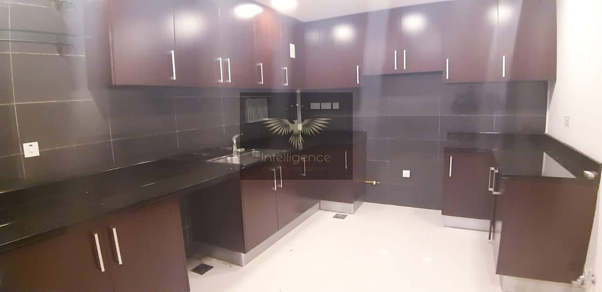 10 Well Maintained and Spacious Unit for Investment!