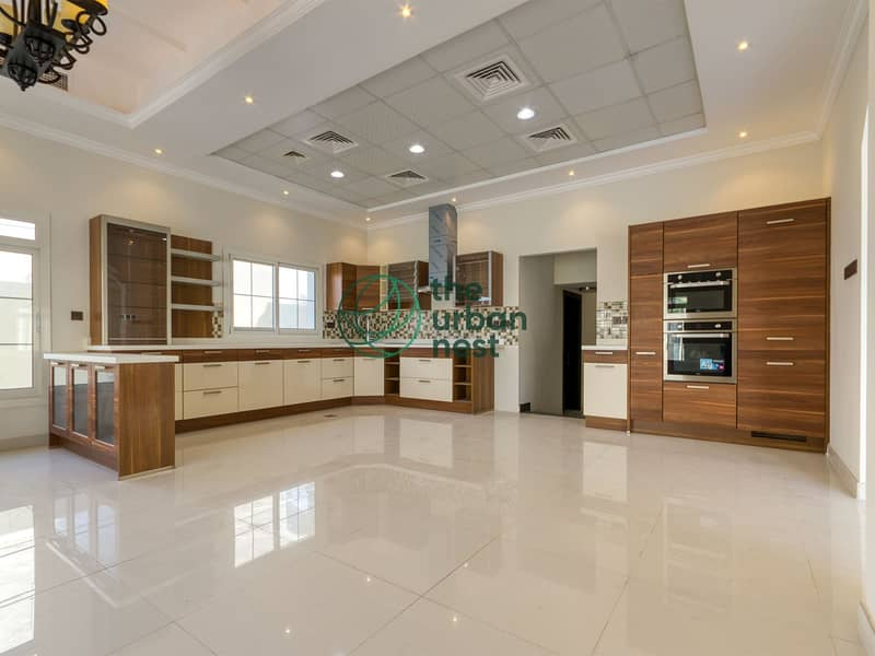 2 Vacant Brand New 5 Bed Villa with Private Pool