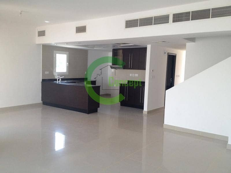 2 Ready to move in| Well maintained and spacious