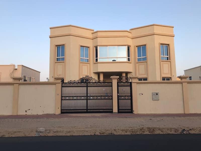 للبيع فيلا اول ساكن تملك مواطنين عجمان جواز عجمان اول ساكن قريب من شارع الشيخ محمد بن زايد