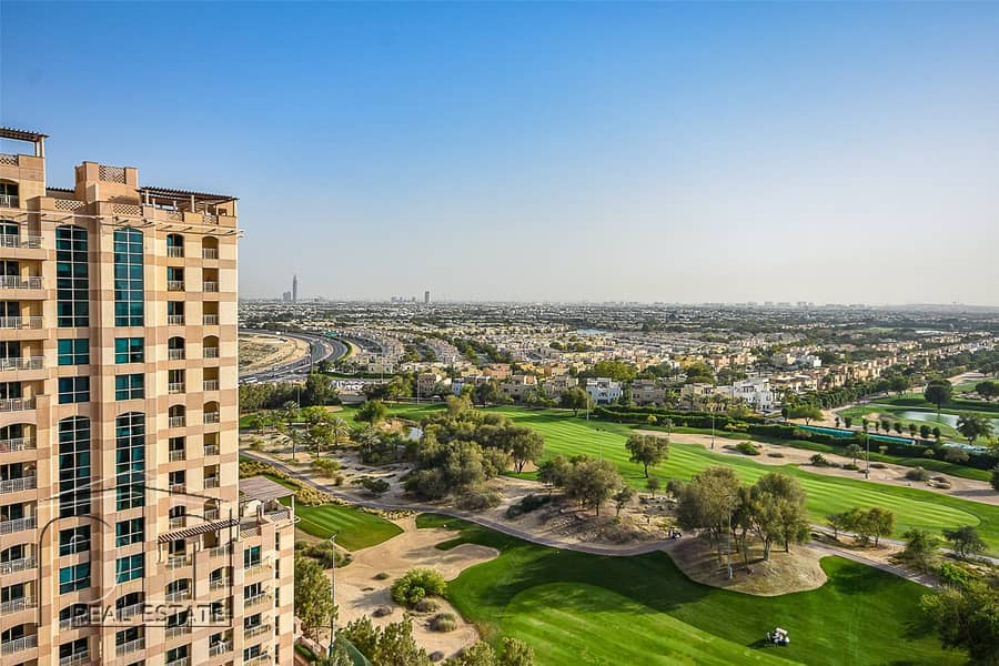 1 1 BR - Furnished-Infinity Pool-Golf View